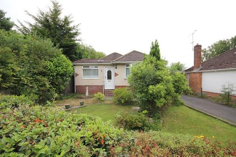 3 bedroom detached bungalow for sale - Northbrook Road, Broadstone