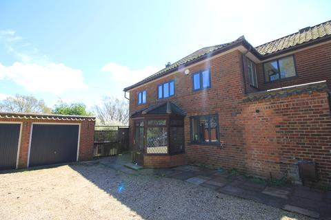 5 bedroom detached house to rent - Hilly Plantation, Norwch, Norfolk NR7