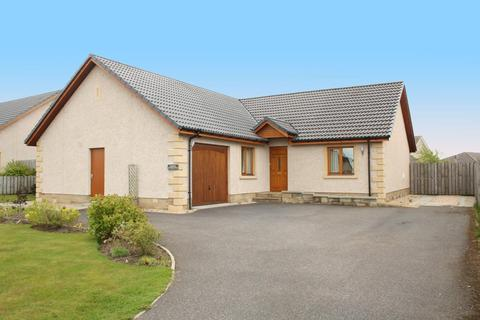 3 bedroom detached bungalow to rent - Old Bar Road, Nairn, IV12 5BX