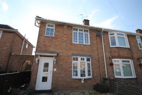 4 bedroom semi-detached house to rent - Beverley Road, Nowch NR5