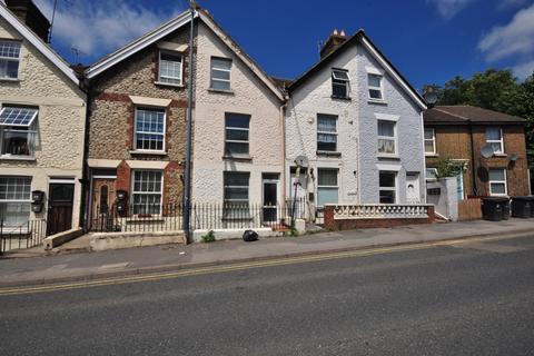 Studio to rent - Lower Boxley Road Maidstone ME14