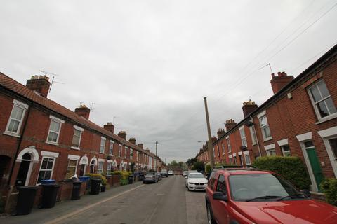 5 bedroom terraced house to rent - Onley Street, Norwich, Norfolk NR2