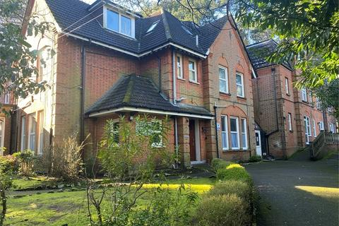 1 bedroom flat - 28 Braidley Road, Bournemouth