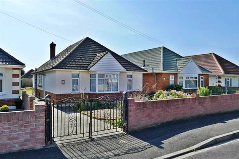 2 bedroom bungalow for sale - Detached Bungalow in Popular Location needs refurbishment