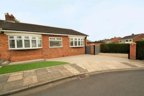3 bedroom semi-detached bungalow for sale - Kinderton Grove, Norton, TS20 1QR