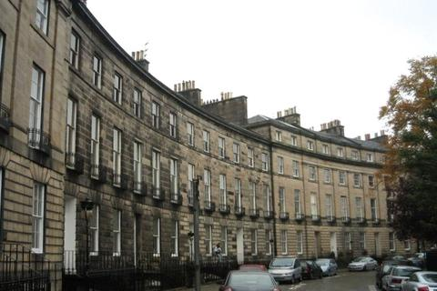 2 bedroom apartment to rent - 1F, Royal Circus, New Town, Edinburgh