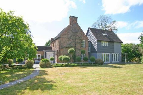 4 bedroom detached house for sale - Crown Lane, Farnham Royal, Buckinghamshire SL2