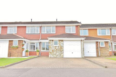 3 bedroom terraced house for sale - Moorings Way, Milton