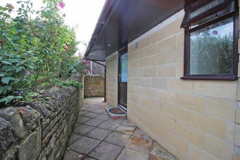 Studio to rent - Darlington Road, Bath