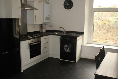 2 bedroom flat to rent - Woodfield street, Morriston