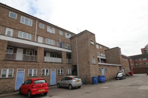 Studio to rent - Southborough Terrace Leamington Spa