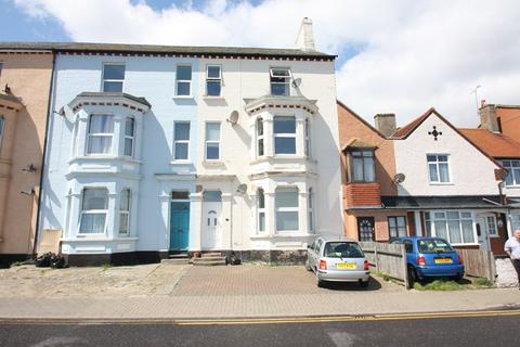 1 bedroom flat for sale - The Parade, Walton On The Naze
