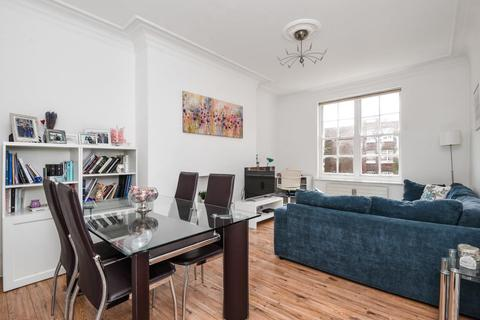 2 bedroom apartment to rent - Circus Road, St John`s Wood, NW8