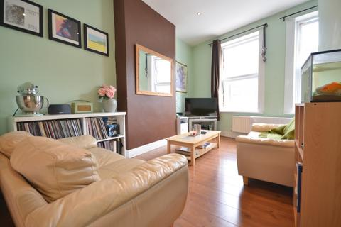 2 bedroom maisonette to rent - Westmoreland Road, Camberwell, SE17