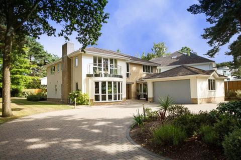 4 bedroom detached house for sale - Crichel Mount Road, Evening Hill, Poole, Dorset BH14