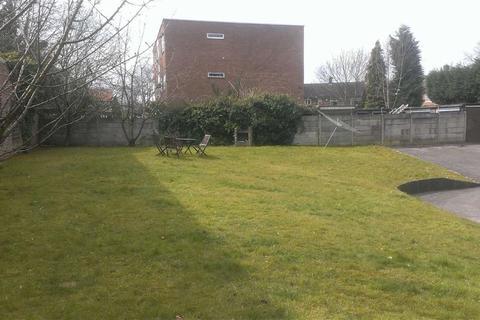 2 bedroom flat to rent - 13 Vincent Avenue, Chorlton