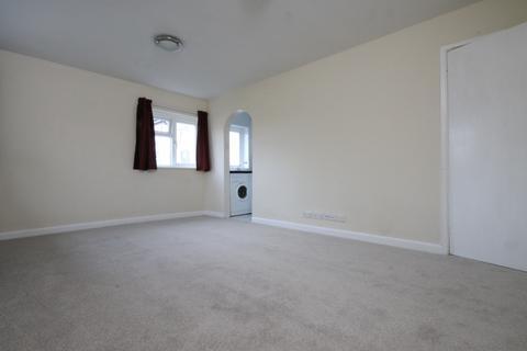 1 bedroom flat to rent - 1 bedroom Top Floor Flat in Chichester