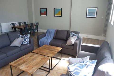 6 bedroom flat to rent - 29/32 High Street, Cardiff