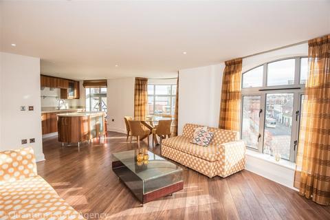 2 bedroom apartment to rent - Merchantgate