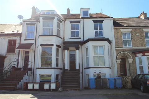 2 bedroom flat for sale - Anlaby Road, Hull