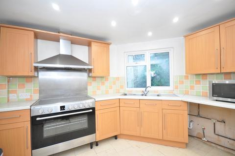6 bedroom terraced house to rent - High Street Dover CT16