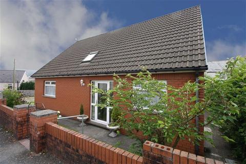 3 bedroom detached bungalow for sale - Edward Street, Trecynon, Aberdare
