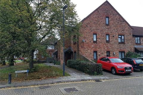 Studio for sale - Barnaby Close, SOUTH HARROW, Middlesex