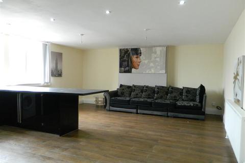 3 bedroom apartment to rent - Gorton Road, Stockport