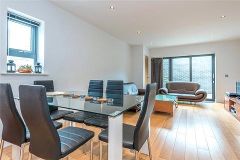 3 bedroom apartment to rent - Boleyn Road, Stoke Newington, London, N16