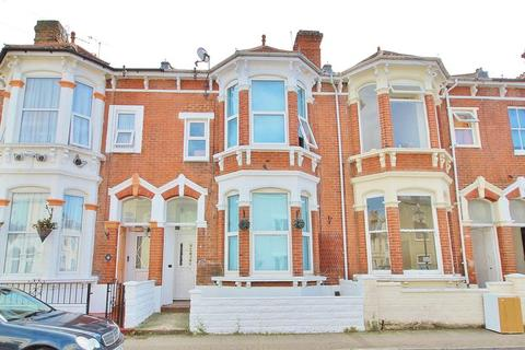 8 bedroom terraced house for sale - Beach Road, Southsea
