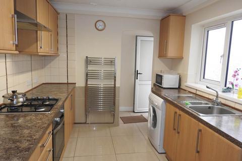 2 bedroom house to rent - Rodney Street, Sandfields, Swansea