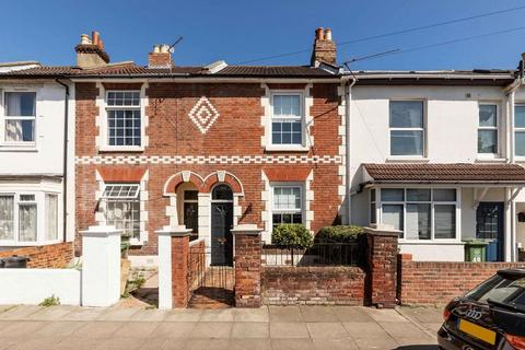 2 bedroom terraced house to rent - Duncan Road, Southsea