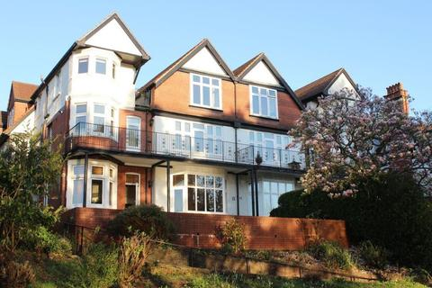 3 bedroom apartment to rent - Lake Road East, Roath Park, Cardiff