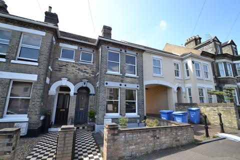 3 bedroom terraced house for sale - Cedar Road, Norwich