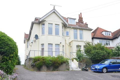 2 bedroom ground floor flat for sale - Richmond Park Avenue, Charminster, Bournemouth