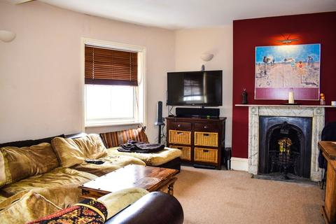 2 bedroom apartment to rent - Eaton Place, Brighton