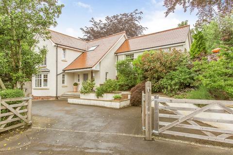 3 bedroom detached house for sale - 4 Comiston Rise, Edinburgh, EH10 6HQ