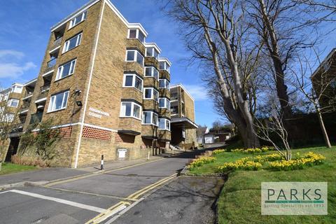 2 bedroom flat to rent - Varndean Drive, Brighton, BN1