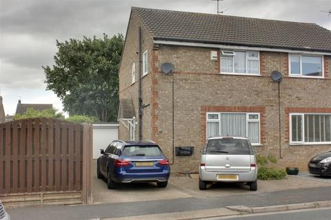 3 bedroom semi-detached house for sale - Blackthorn Close, Newport