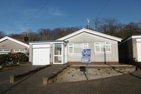 3 bedroom detached bungalow for sale - Firwood Close, Bryncoch, Neath Port Talbot.