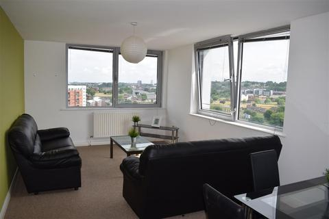 3 bedroom apartment to rent - Bispham House, Lace Street, liverpool