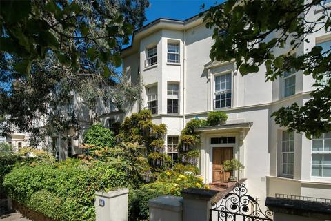 6 bedroom terraced house for sale - Cavendish Avenue, St John's Wood, London, NW8