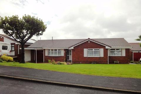 3 bedroom bungalow to rent - 92 Parkhead Road, Sheffield, S11 9RB