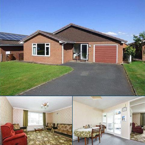 3 bedroom bungalow for sale - Follett Road, Tiverton, Tiverton, Devon, EX16
