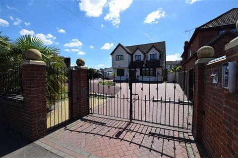 5 bedroom detached house for sale - Southend Road, Stanford-le-hope, Essex