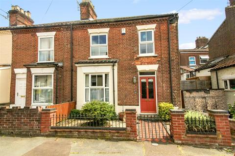 3 bedroom end of terrace house for sale - Marion Road, Norwich
