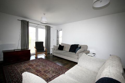 3 bedroom flat to rent - Allanfield, Edinburgh