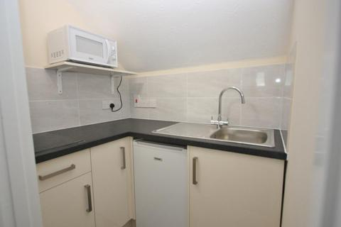 1 bedroom apartment to rent - Buxton Road, Weymouth