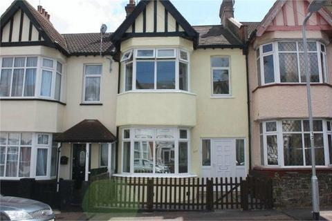 4 bedroom terraced house for sale - 100 Beedell Avenue, WESTCLIFF-ON-SEA, Essex