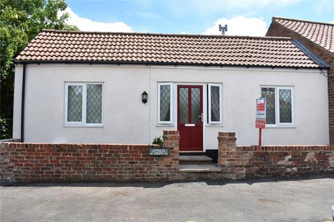 3 bedroom semi-detached bungalow for sale - North End, Goxhill, Barrow-Upon-Humber, North Lincolnshire, DN19